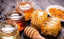 每天喝蜂蜜的功效 几大所谓缓解便秘的食物分析