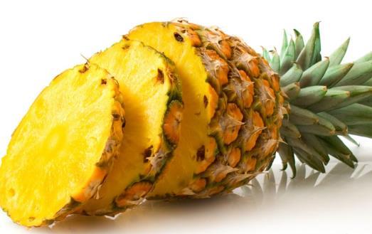 感冒咳嗽嗓子疼 不妨吃些菠萝帮你消肿止咳