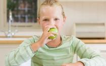 长辈总让我们吃苹果 苹果这些功效你知道几个
