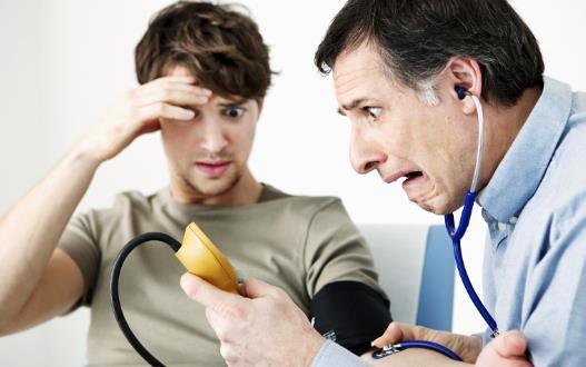 保健小妙招:治疗高血压病 饮食疗法是一个重要方法