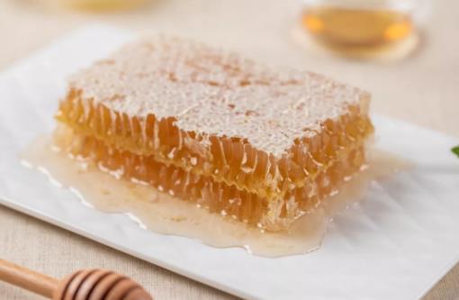 春季吃蜂蜜好处多 喝蜂蜜水的7大禁忌