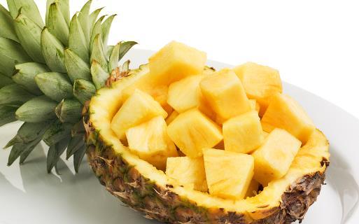 感冒咳嗽嗓子疼 不妨吃些菠萝消肿止咳加美容