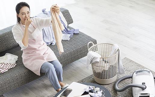 连绵阴雨天拯救又湿又臭的衣服 不同布料衣服的保存方法