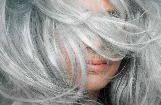 白发可以拔吗 怎么缓解白发生长