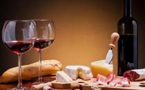 喝红酒对身体的六大益处 喝红酒的禁忌及储存方法