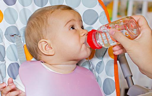 宝宝不喜欢喝水妈妈为此着急 宝宝喝水的注意事项