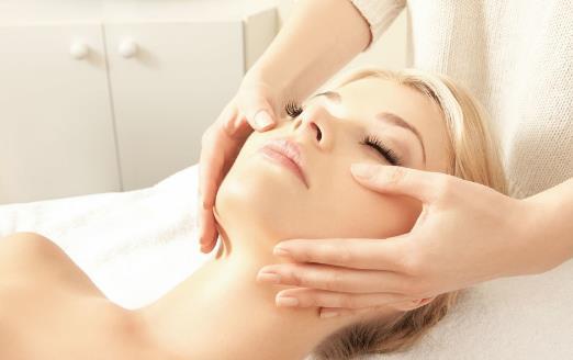 睡前保养护肤很重要 护理皮肤方面的小窍门
