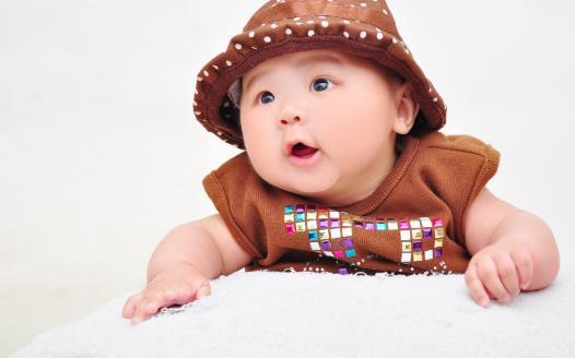 关注宝贝的10个标志性瞬间 预示宝贝的智力发展水平