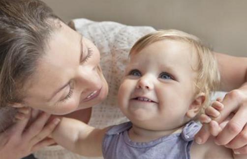 宝宝容易脱臼 宝宝脱臼后的紧急处理