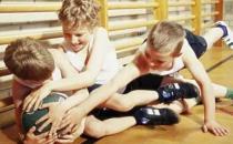 孩子难免磕磕碰碰 父母要掌握的急救知识