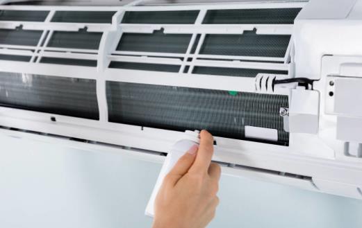 空调产生异味的原因及解决办法