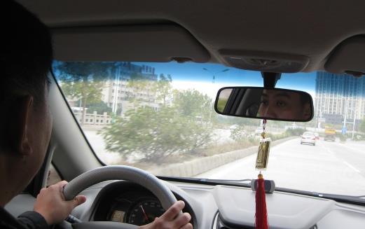 开车必看 这些常识新手司机一定要牢记