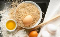 可与鸡蛋同吃的食物 白发黑了睡眠质量也得到改善