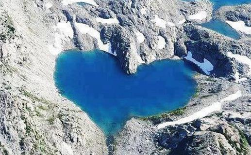 全球五大天然心型湖,超浪漫!一定要去看看~