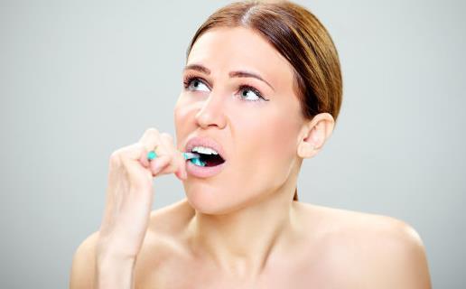 刷牙是自我口腔保健方法 正确的刷牙方式