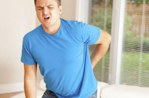 10个动作自测男人身体状况 弯腰抬腿有困难暗示肾虚