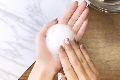 晚上护肤护肤小秘诀及正确步骤 敷完面膜是否要洗脸
