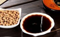 小心酱油吃不对会引发肝癌 教你选好酱油三指标