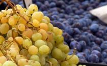 葡萄被誉为水果中的溶栓之王 不同品种功效大不相同