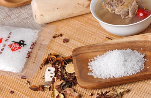 盐吃多了易衰老 注意食物的烹调方法减盐不减咸