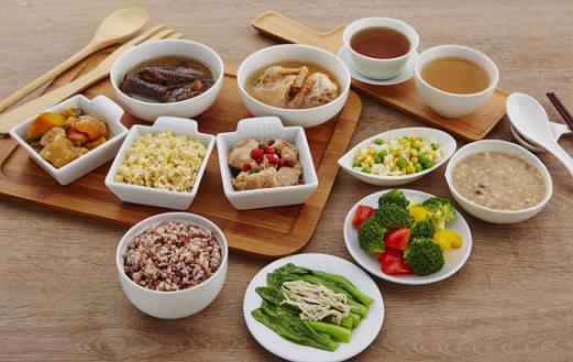 产后第一餐的饮食调养非常重要 月子食谱推荐