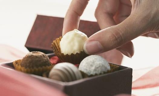 吃巧克力的误区 健康吃巧克力关键要选对