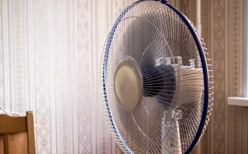 电风扇网罩不用拆,1个小妙招,也能清洗得干干净净,超实