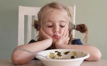 宝宝出现厌食 学会一些花招让孩子吃得开心很容易