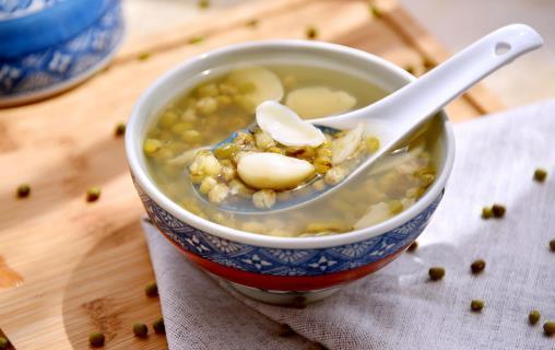 实现绿豆汤的食疗功效 最重要的是煮的时间