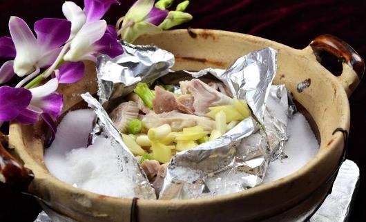 盐能烹饪出美味的佳肴 吃盐过多的危害