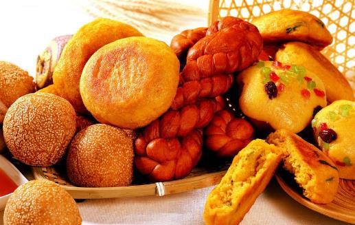 挑选新鲜可口面包的窍门 四种面包要少吃
