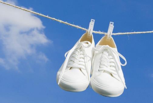 关于衣物鞋子清洁保养的17个小妙招