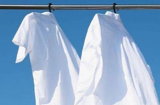 简单小妙招解决白衣服发黄问题
