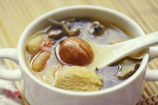 夏季辣妈学会煲汤老公宠爱倍增 夏季养生汤大全