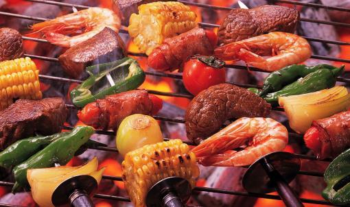 烧烤熏炸食物的危害 研究表明烧烤熏炸食品并不安全