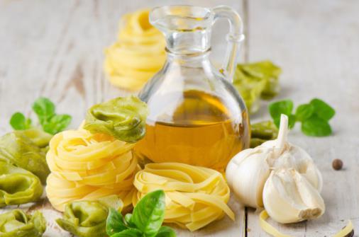 橄欖油的生活小妙用 修復皮膚卸妝護發效果棒棒