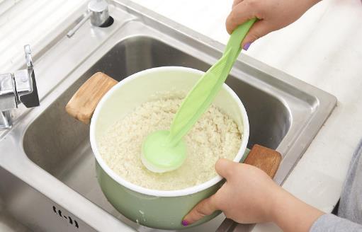 淘米水是最天然的清洁保养圣品 可润肤去污功效多多