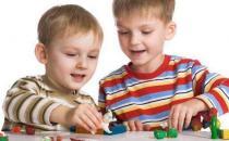 玩具是孩子的好伙伴 选择适合孩子的玩具十分重要
