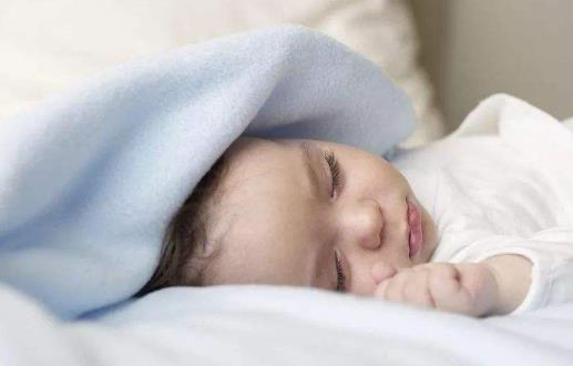 宝宝睡不好影响生长发育  关于宝宝的睡眠问题