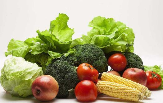 适合夏天吃的瓜果蔬菜 有降低血压保护血管的作用