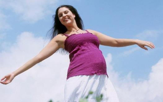 孕妈咪变得爱吃 孕妇在饮食方面应注意的事