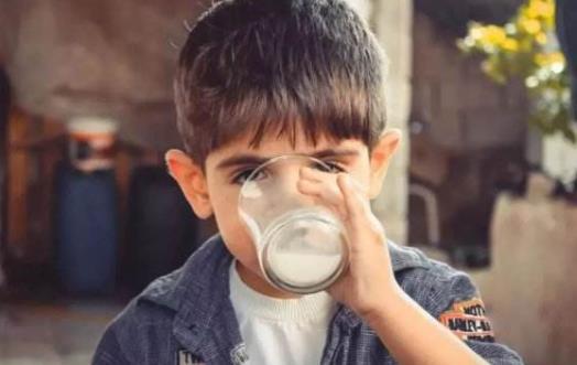 偏食是不良的行为习惯 纠正孩子不良饮食习惯方法