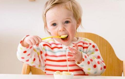 寶寶不愛吃飯總是追著喂可咋整 寶寶的開胃食譜推薦