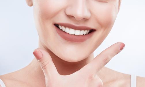 牙龈发炎肿痛痛到睡不着觉 养出健康口腔从日常做起