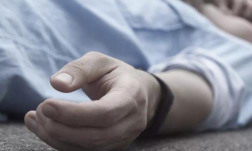 压断肋骨救回朋友 日常易猝死的恶习及猝死急救措施