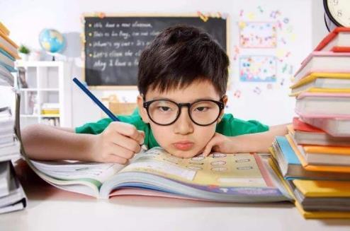 预防儿童近视 警惕糖分的过多摄取