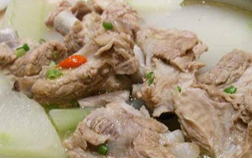 夏季多雨闷热又潮湿 祛湿解暑的食物来调理