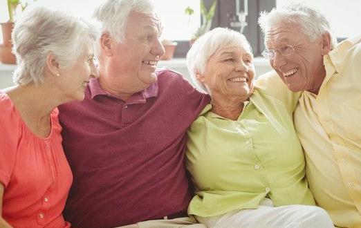 老年人的10种保健法 读义理书延迟大脑衰老