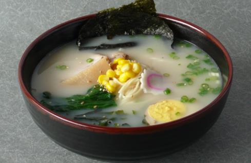 熬骨头汤时添热水还是添冷水 做饭炒菜必学烹饪技巧