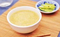 小米粥怎样才能熬出米油 熬小米粥的诀窍揭秘
